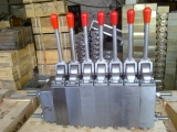 BZF200(7+1)操纵阀组