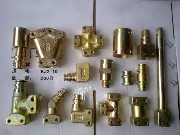 管路配件(直通、三通、弯头、螺纹接头、中间接头、堵头、扣压接头等)