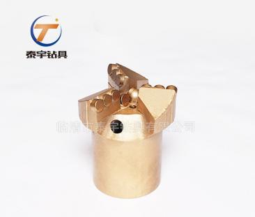 Φ133加强型、金刚石复合片钻头、PDC钻头、三翼内凹钻头、