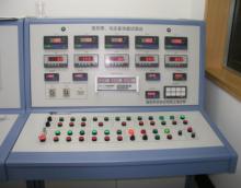 多功能液压试验台